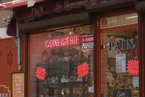 Sylviane et Denis Pasquet sont depuis 35 ans les propriétaires d'une pâtisserie à Saint-Amand-en-Puisaye, dans la Nièvre