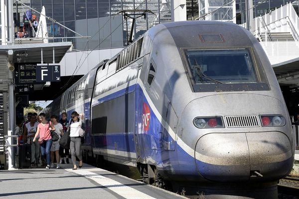 La majorité des trains Paris-Rennes ont été supprimés ce 30 octobre, et ce phénomène pourrait s'étendre sur les prochains jours.