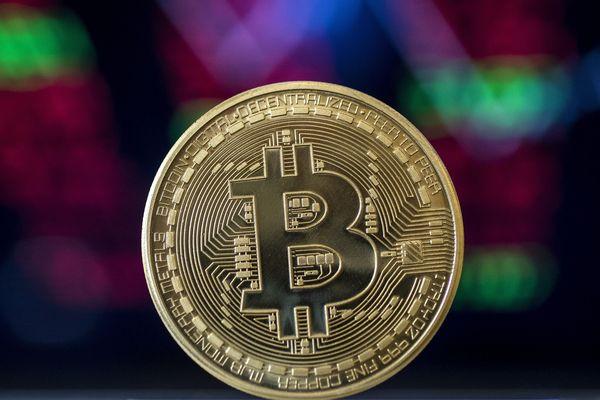 Le bictoin est l'une des plus célèbres monnaies virtuelles, appelées cryptomonnaies.