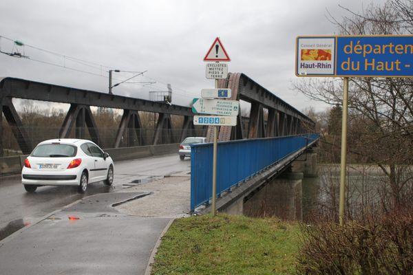 A compter du 11 mai 2020, les travailleurs frontaliers pourront retraverser la frontière par le pont de Chalampé (Haut-Rhin).