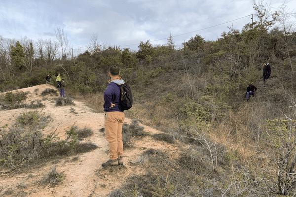 La végétation est très dense sur ce secteur du Tarn rendant difficile les recherches.