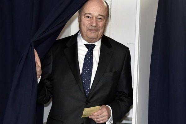 Jean-Michel Baylet revient en force dans son fief avec 54,53% des suffrages : la liste de l'ancien maire remporte le scrutin dès le 1er tour.