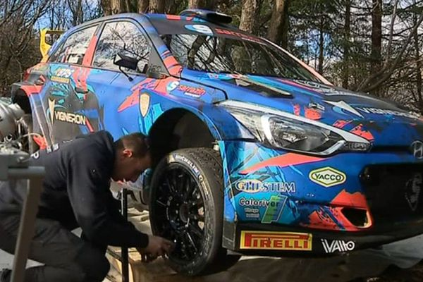 Stéphane Sarrazin possède sa propre écurie : Sarrazin Motorsport.