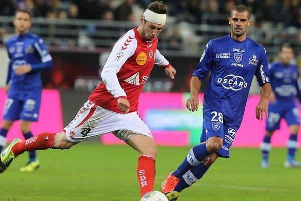 12ème journée de Ligue 1 : Victoire de Reims (4-2) face à Bastia à Delaune.