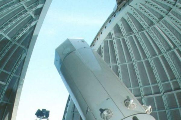 Le télescope de l'Observatoire de Haute-Provence sur lequel est monté le spectrographe SOPHIE qui a permis la découverte de l'exoplanète Gl411b.