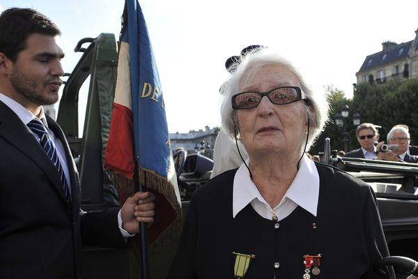 Cécile Rol-Tanguy, lors des 65 ans de la libération de Paris.