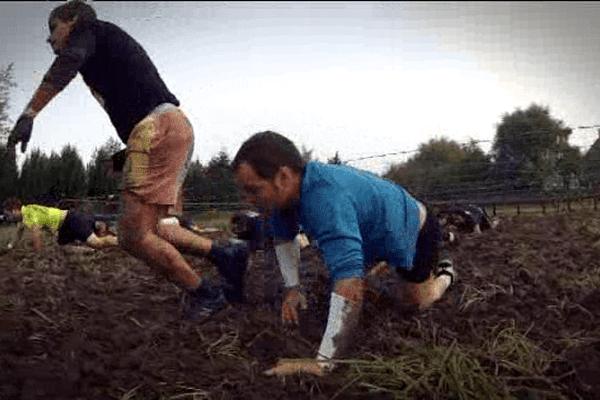 C sports a suivi une équipe du Bessin participant au Mud Day à Cabourg