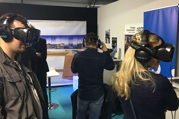 Sur le stand France 3 Pays de la Loire / France Bleu Mayenne au Laval Virtual 2018