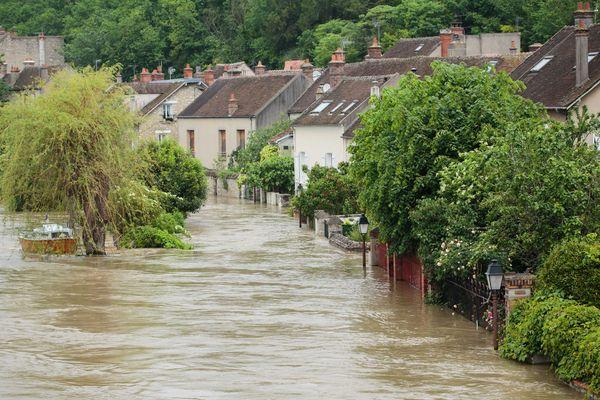 En 2016, les inondations à Nemours ont presque dépasser le niveau de 1910.