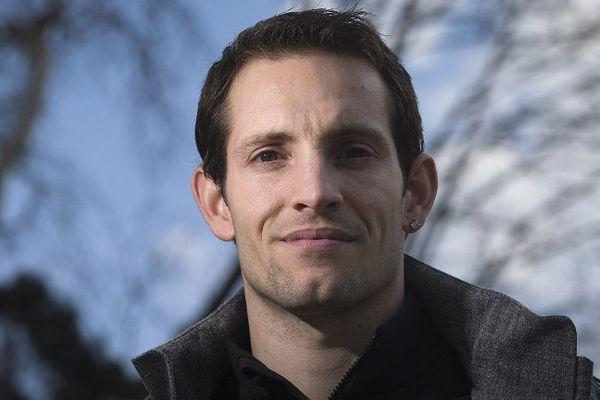 Le perchiste Renaud Lavillenie se lance dans l'événementiel, tout en continuant sa carrière sportive.
