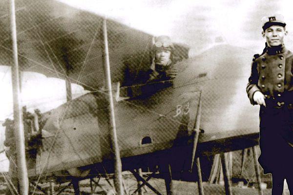 Après les tranchées, Jean-Corentin Carré s'est engagé dans l'aviation française. Son avion a été abattu en mars 1918.