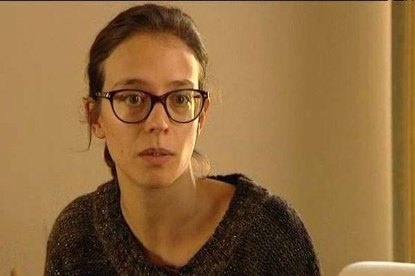 Revenue saine et sauve de Paris, Sophie Reungeot a trouvé refuge chez ses parents, à Moulins (Allier).