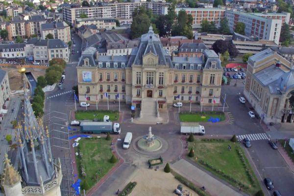 Le quartier de l'hôtel de ville à Evreux