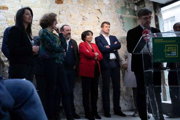 Karima Delli (à gauche sur la photo) et Damien Carême (à droite) ont été désignés chefs de file EELV pour les prochaines élections régionales de mars 2021.