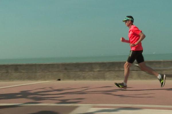 Bernard Khene est l'un des 13 meneurs d'allure du Marathon de Royan Côte de Beauté qui se court ce samedi 1er juin.