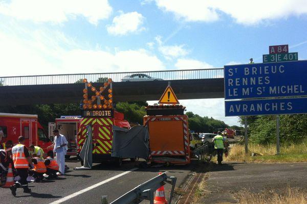 Accident dramatique sur l'A84 ce samedi matin de départ en vacances.