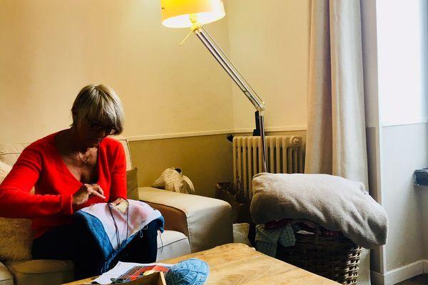 Véronique Massonneau à son domicile, quatre mois après qu'elle a perdu son siège de députée