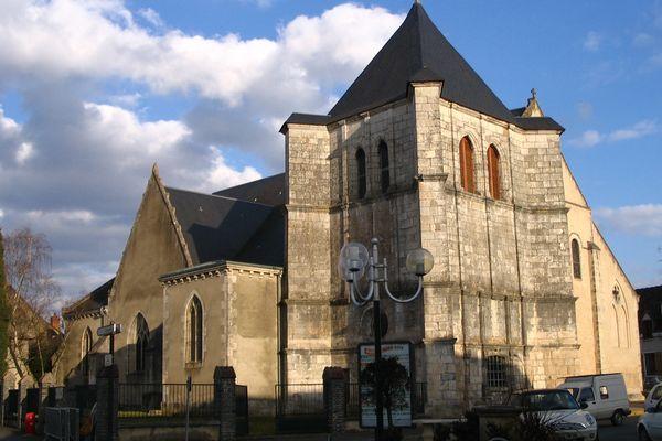 L'église Saint-Étienne, à Déols.