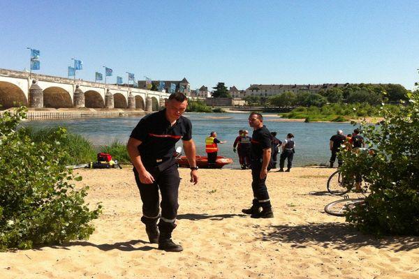 (Archives, 01/08/201) Les pompiers d'Indre-et-Loire recherchent le corps d'un noyé.