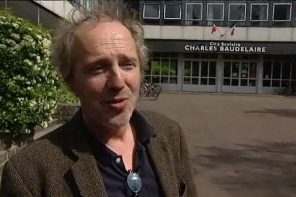 Arnaud Desplechin au lycée Baudelaire de Roubaix jeudi.