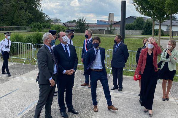 Le Premier ministre Jean Castex, le maire de Saint-Dizier Quentin Brière, et la secrétaire d'État à la Biodiversité Bérangère Abba.