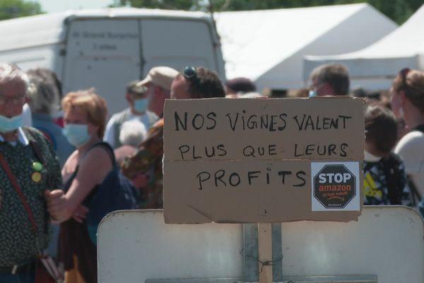 Manifestation anti Amazon le 29 mai 2021 à Montbert ( Loire-Atlantique)