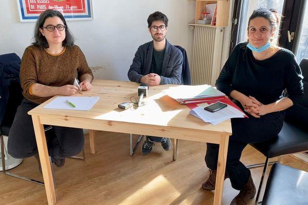 Guilhèm avec ses avocates, maître Dujardin et maître Khoury attaque l'Etat en responsabilité