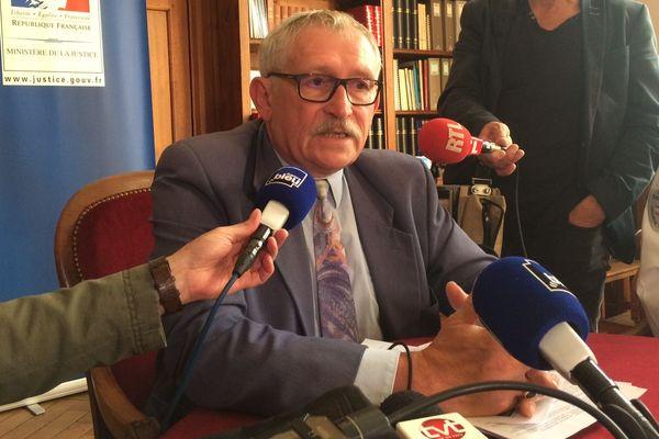 Le procureur de la République de Tours en conférence de presse, lundi 17 septembre 2018.