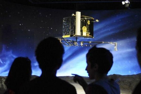 Reconstitution de l'atterrissage de Philae sous les yeux de spectacteurs