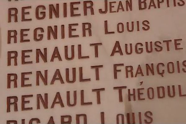 Monument aux morts, Saint-Trimoël