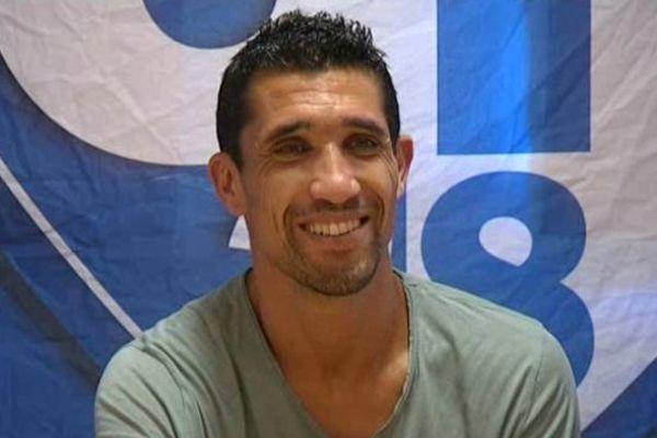 Nassim Akrour jouera la saison 2013/2014 en CFA avec le GF38