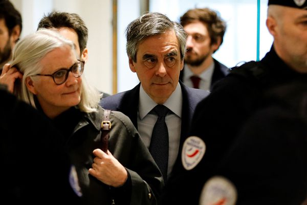 Pénélope et François Fillon arrivant au parquet national financier à Paris, le 10 mars 2020.
