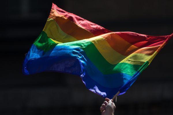 SOS Homophobie a recensé plus de 1900 actes LGBTphobes en 2018.