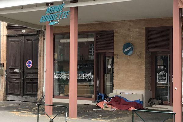 Les associations estiment à près de 2 500 le nombre de personnes vivant à la rue durant cette crise sanitaire.