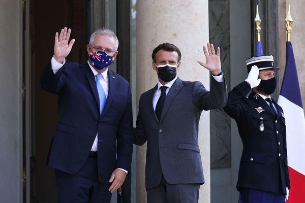Le premier ministre australien Scott Morison et le président de la République Emmanuel Macron au palais de l'Elysée le 15 juin : derrière les masques de façade, la rupture était déjà en germe.