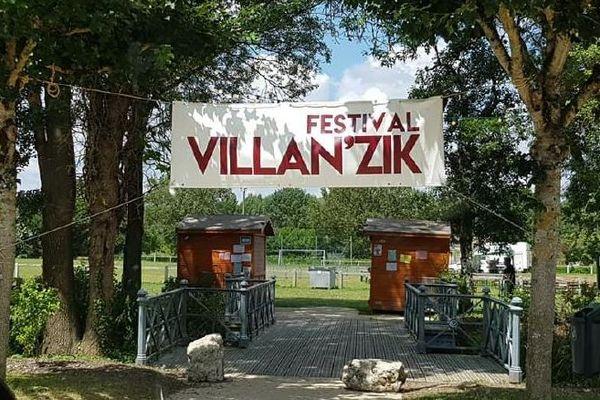 Villan'zik est un festival gratuit avec des groupes locaux qui montent