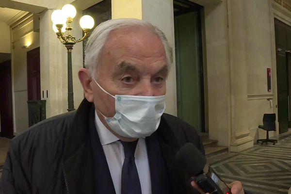 L'homme d'affaires Bernard Magrez, qui avait été très éprouvé par son agression en 2018, s'est dit satisfait après l'énoncé du verdict du tribunal correctionnel de Bordeaux, vendredi 30 avril 2021.