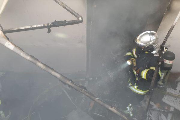Une explosion s'est produite ce lundi 10 août vers 9h20 rue Cronstadt à Nice.