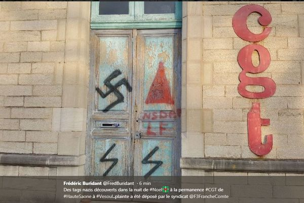 Des tags nazi découverts sur la porte de la permanence CGT à Vesoul