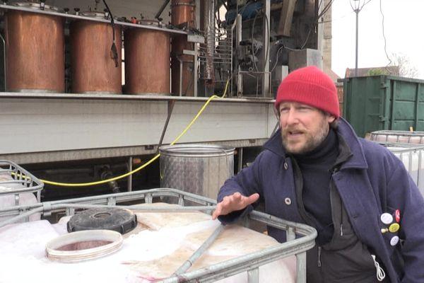 En 2018, Mathieu Sabbagh a racheté une distillerie artisanale à Beaune.