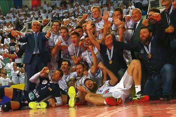 Les Tourangeaux heureux de remporter pour la première la coupe de la CEV