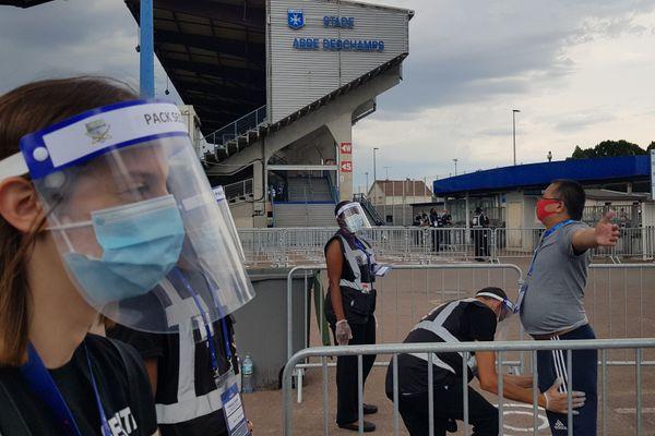 La rencontre entre l'AJ Auxerre et le FCSM aura lieu dans un stade de l'Abbé Deschamps aux places limitées.
