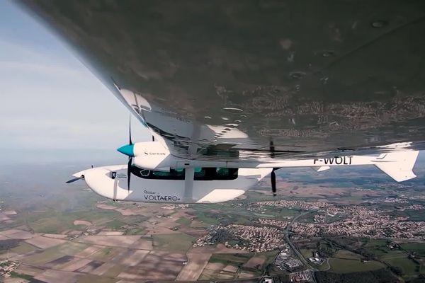 L'avion Cassio est un appareil à propulsion hybride-électrique.