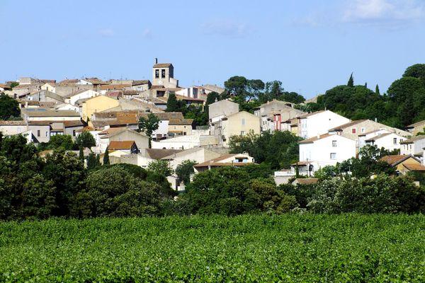 """Magalas dans l'Hérault, l'une des 225 """"Petites villes de demain"""" en Occitanie"""