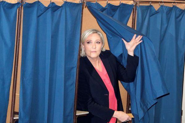Marine Le Pen a voté vers 11h.