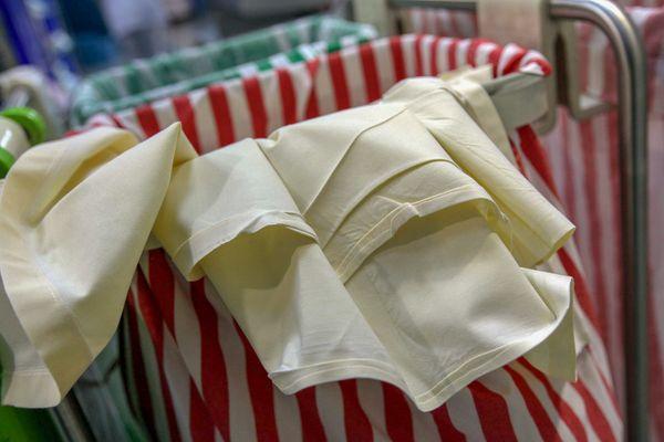 Les normes de blanchisserie appliquées dans les Ehpad sont très proches de celles des centres hospitaliers.