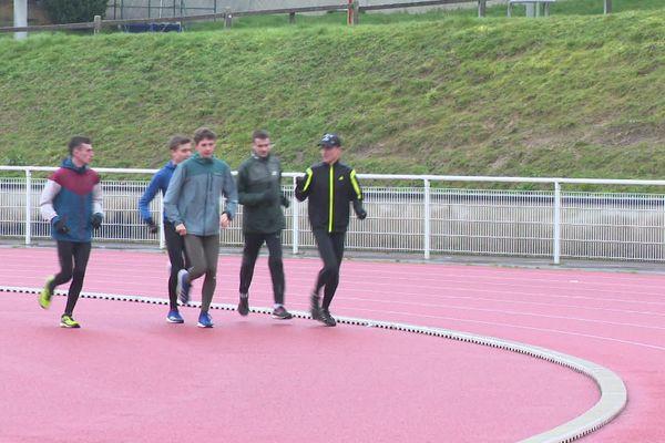 Ils s'entraînent toujours, mais les juniors du Limoges Athlé sont déçus par l'annulation du championnat de Montauban.