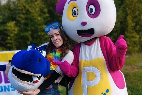 """Un panda est utilisé comme mascotte dans les émissions jeunesses de la radio azuréenne """"Radio Pitchoun."""""""