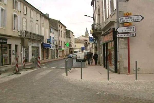 Castelnaudary (Aude) - centre ville - février 2013.