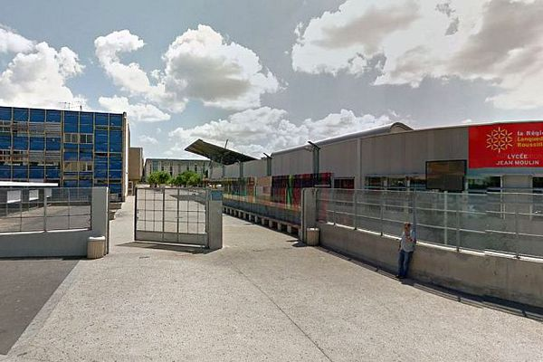 Béziers (Hérault) - le lycée jean Moulin - archives